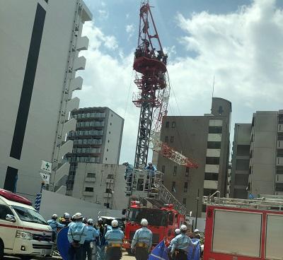 名古屋 クレーン 事故 ゼネコン 工事の事故で建設会社名が出ないのはなぜですか。工事現場の事故でク...