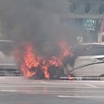 菖蒲原PA事故渋滞【原因の火災の様子を画像とコメントで紹介】